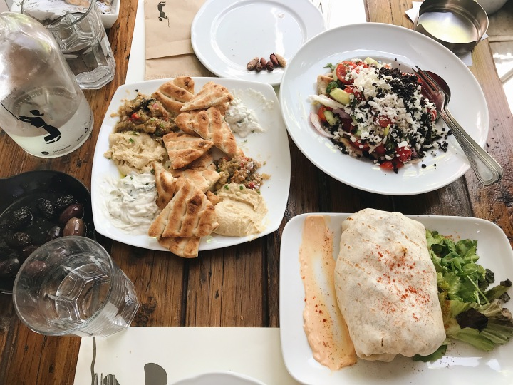 what to eat in Athens, Ergon (Syntagma)
